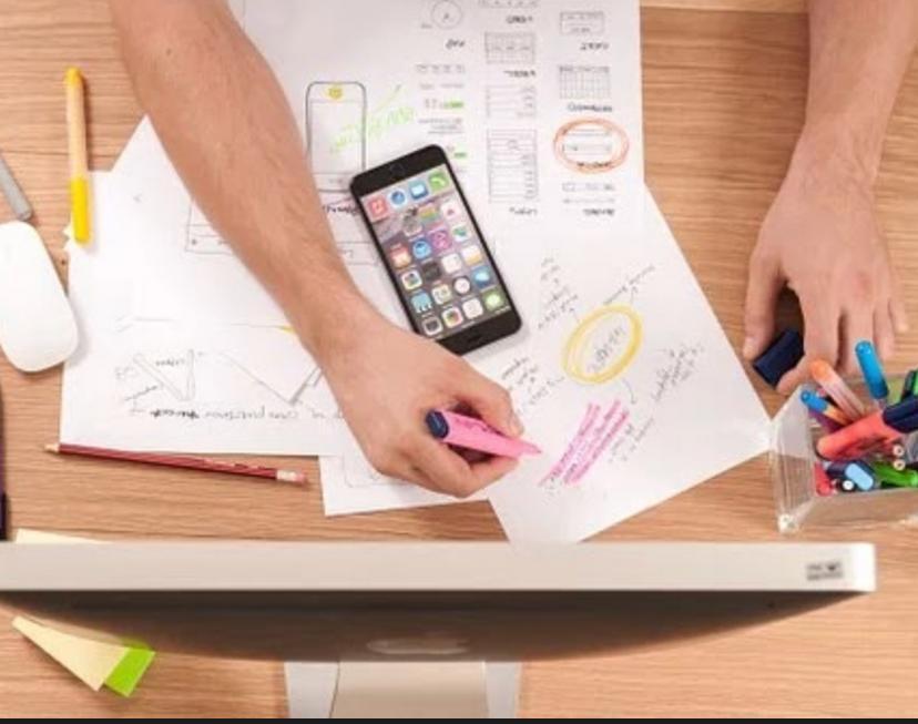 Co-conception, co-développement et co-évaluation des ressources numériques éducatives